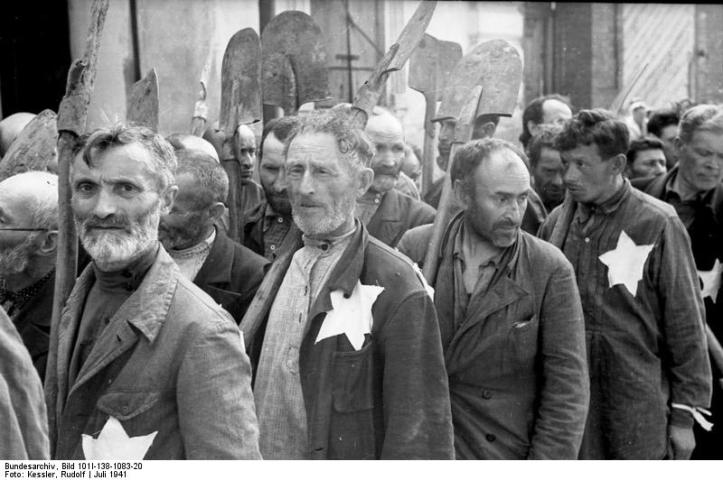 Forced Laborers, Mogilev Ghetto, Transnistria (Wikimedia Commons)